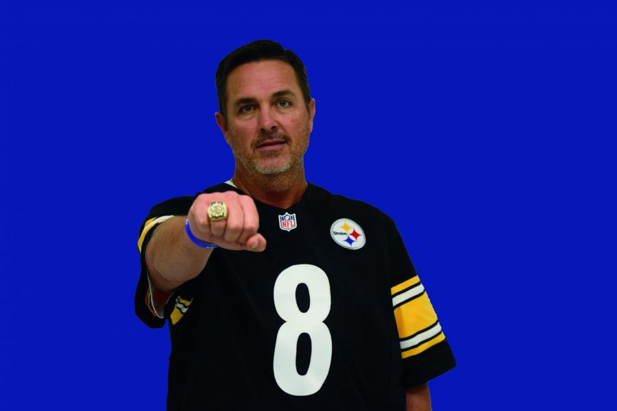 Pictured%3A+Tommy+Maddox+wearing+his+Super+Bowl+ring+and+Steelers+team+jersey%0A%0APhoto+by%3A+Faith+Myers